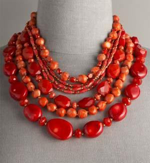 Коралловые ожерелья
