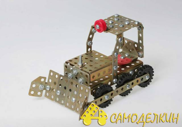 Как сделать из железного конструктора трактор