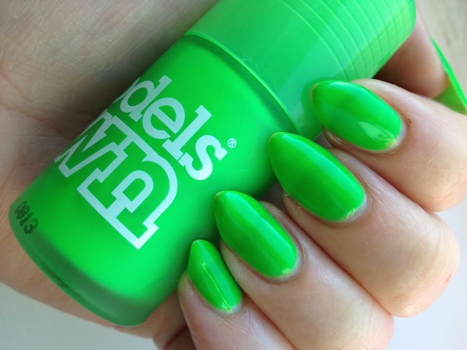 Как сделать зелёный лак для ногтей 853