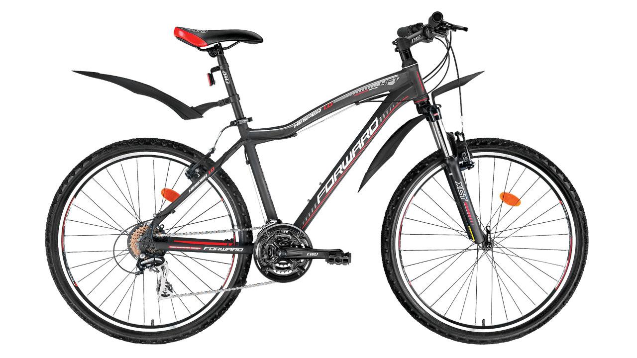 Forward Hesper 1.0 (2014)Горные<br>Горный велосипед FORWARD HESPER 1.0 (2014) создан на базе лёгкой и прочной алюминиевой рамы (сплав 6061). Передняя амортизационная вилка поспособствует приятным и комфортным поездкам. На велосипед установлены ободные тормоза V-Brake, которые обладают высокой эффективностью и ремонтопригодностью.<br>Велосипед оборудован передним и задним переключателями (манетки-триггеры), расширяющими диапазон переключения до 21 скорости, что значительно увеличивает запас хода и максимальную скорость. Колёса велосипеда собраны на основе прочных двойных ободов диаметром 26 дюймов. Велосипед укомплектован лёгкими и прочными пластиковыми крыльями, которые защитят велосипедиста от воды и грязи в плохую погоду.<br>