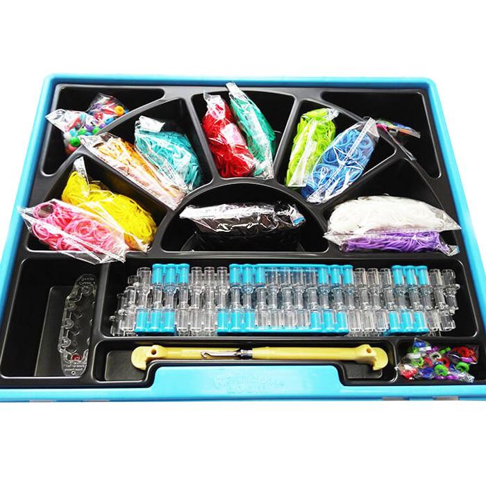 Наборы для плетения браслетов из резиночек купить в СПБ