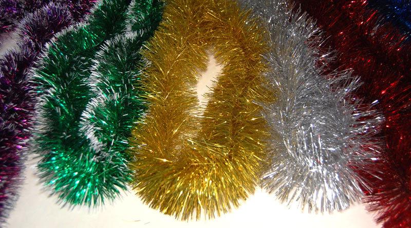 Новогодние гирлянды  из мишуры