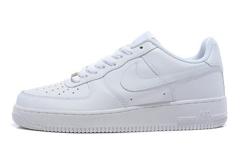 Купить женские кроссовки и кеды Nike ( Найк ) от 3 2