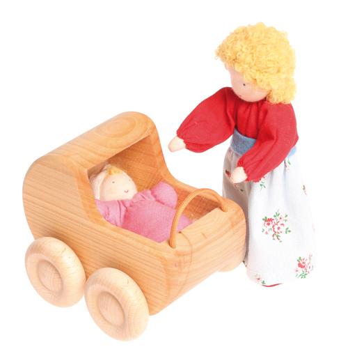 Вальдорфская игрушка - кукла