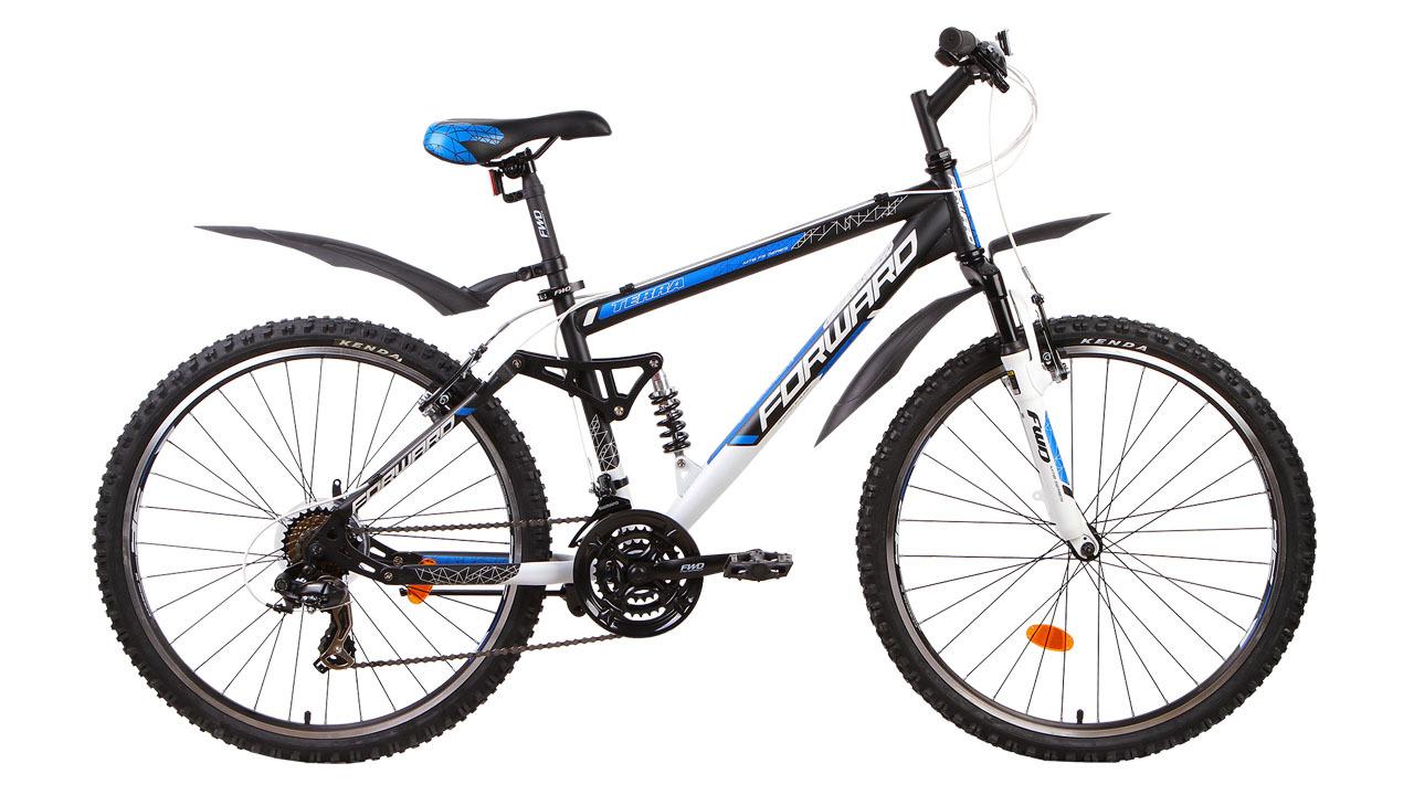 Forward Terra 1.0 (2014)Горные<br>Горный двухподвесный велосипед FORWARD TERRA 1.0 (2014) оборудован ободными тормозами V-Brake, которые обладают высокой эффективностью и ремонтопригодностью. Установленные на велосипед задний и передний переключатели (манетки-триггеры) расширяют диапазон переключения до 21 скоростей, что значительно увеличивает запас хода и максимальную скорость.<br>Задняя четырёхрычажная подвеска и передняя амортизационная вилка обеспечивают мягкость и комфорт во время катания. Колёса велосипеда собраны на основе прочных двойных ободов диаметром 26 дюймов. Велосипед укомплектован лёгкими и прочными пластиковыми крыльями, которые защитят вас от воды и грязи в плохую погоду.<br>
