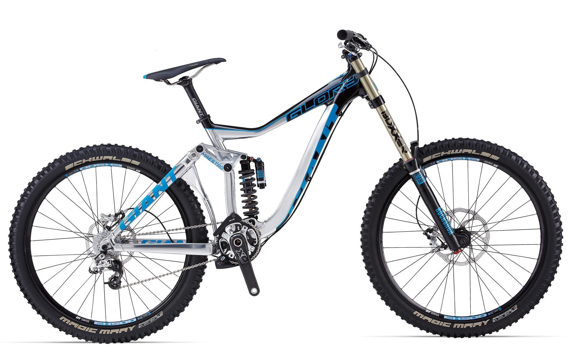 Giant Glory 0 (2014)Горные<br>В основе этого велосипеда, ориентированного на гонки, лежит легкая и прочная алюминиевая рама, оснащенная инновационной системой подвески Maestro с виртуальной осью вращения. Дизайн рамы был разработан таким образом, чтобы оставлять велосипед под 100% контролем даже в самых экстремальных ситуациях во время гонок скоростного спуска.<br>Велосипеды Giant Glory для скоростного спуска - выбор профессионалов. Укомплектованный компонентами Sram X0 и мощной подвеской с ходом 200 мм как спереди, так и сзади, новый Giant Glory 0 гарантирует стабильность даже на самых экстремальных участках трасс кубков Мира по даунхилу.<br>Преимущества:<br><br>Одна из лучших рам в мире, не раз занимавшая топ-места на мировых чемпионатах<br>Топовая навеска, бескомпромиссное решение для экстремального катания<br>Легендарное качество Giant<br>