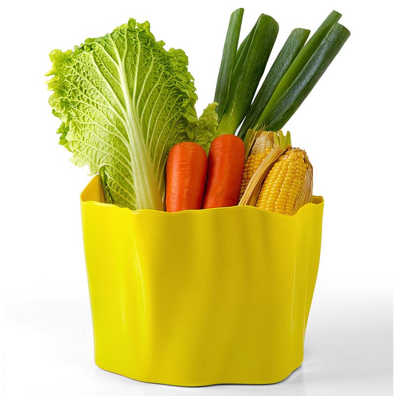 Органайзер Flow средний желтый QL10142-YWОрганайзеры<br>Самое увлекательное, что назначение этой вещи вам нужно будет определить самим: такой органайзер может пригодиться на кухне, в ванной, в гостиной, на даче, на природе, в городе, в деревне. В него можно складывать фрукты, овощи, хлеб, кухонные приборы и аксессуары, всевозможные баночки и скляночки, можно использовать органайзер как мусорную корзину, вазу, хранилище для носков и так далее и тому подобное. Все зависит от вашей фантазии и от хозяйственных потребностей! Органайзер пригодится везде!<br>