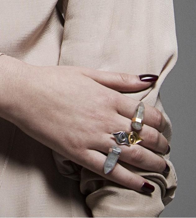 серебряное кольцо с натуральным камнем от MAVA HAZE - Isi Ring Antique Silver