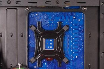 Удобная установка CPU кулера