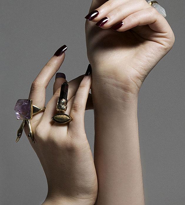 кольцо золотого цвета с аметрином и аметистами Ametrine Ravens Ring от Mava Haze