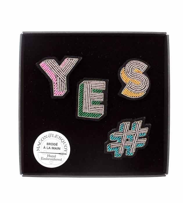 стильный сет из 4 расшитых вручную брошек #YES box от Macon&Lesquoy