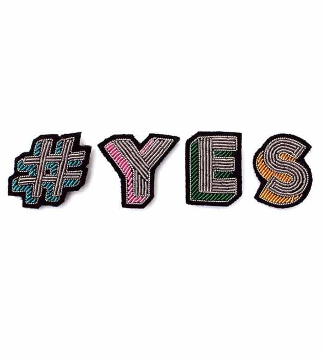 купите оригинальный комплект брошек ручной работ от Macon&Lesquoy - #YES pins box
