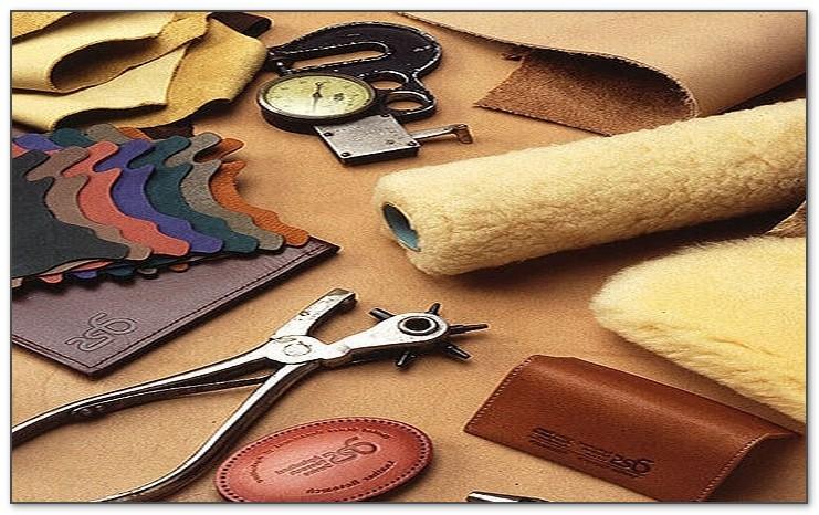 Изготовление из кожи накладок на стол руководителя  - бюваров.