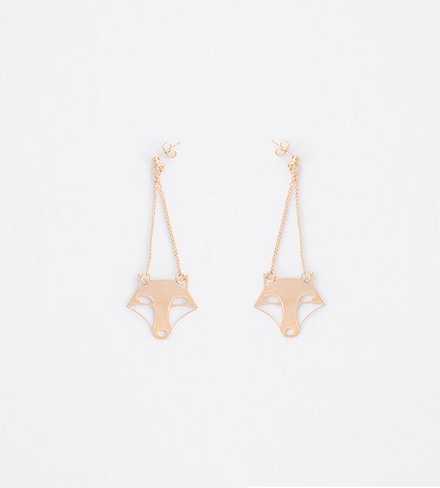 купите золотые серьги на цепочках с подвеской в виде волцицы от Chic Alors-Paris