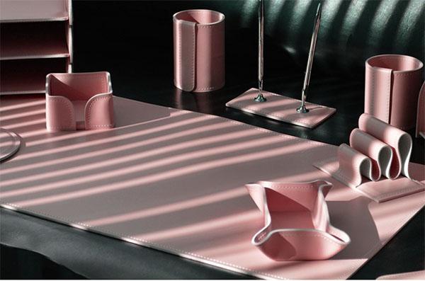 Лучший корпоративный подарок – набор для рабочего стола из кожи