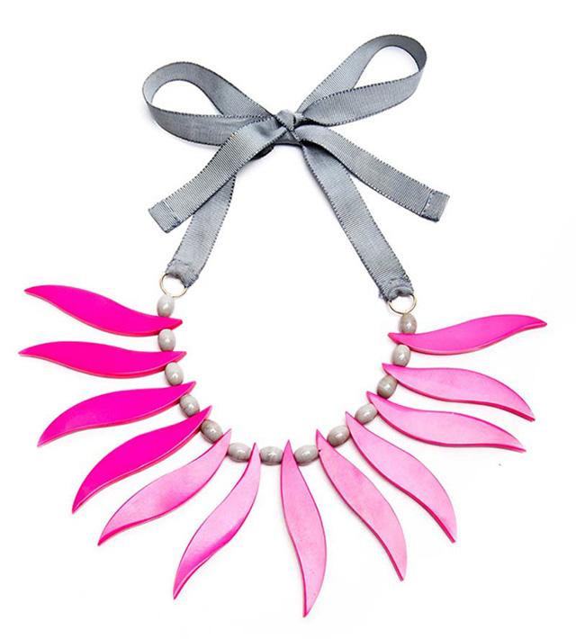 Яркое розовое колье Little Pink Ridinghood от Papiroga