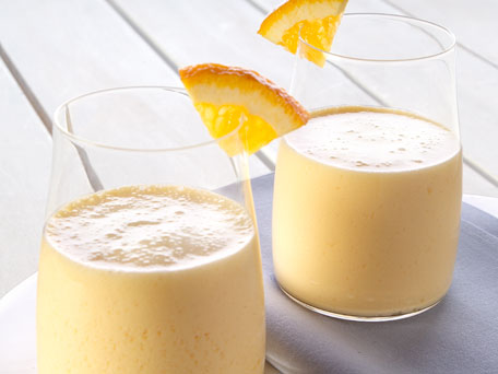 Готовим фруктовый напиток с льняным маслом
