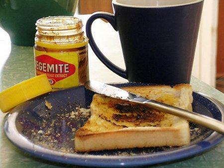 Запах переженного тоста