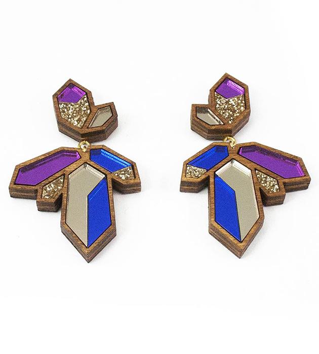 оригинальные серьги из дерева и плексигласа Crystallized Purple&Bronze от Wolf&Moon