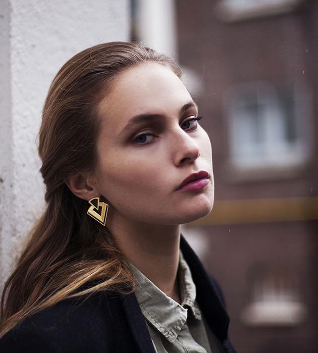 купите серьги с эмалью в стиле арт-деко от Chic Alors-Paris