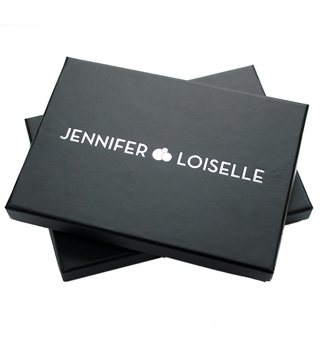купите английская бижутерия ручной работы от Jennifer Loiselle - Sealed With a Kiss Silver Earrings