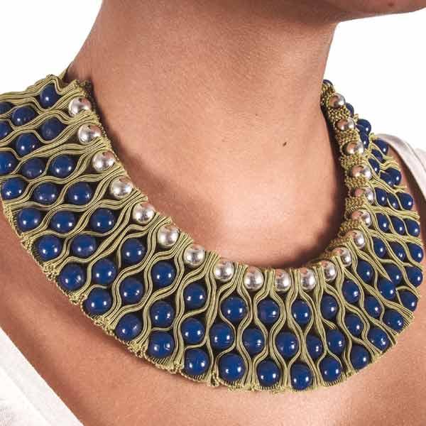 стильное ожерелье +на шею воротник из ткани купить фото картинки