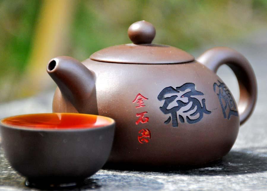 Чайник из глины, 150 мл