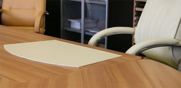 Накладка на стол из кожи