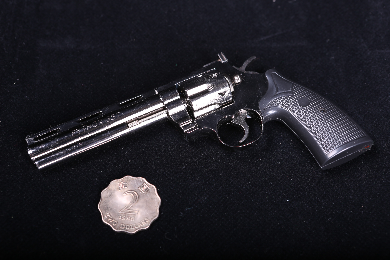 модель Colt 357