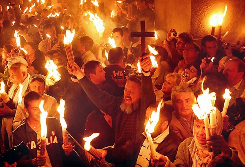 Радость от сошествия Благодатного Огня