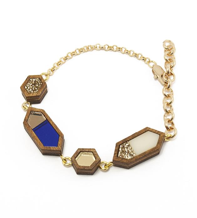 купите изящный браслет сине-золоого цвета от Wolf&Moon