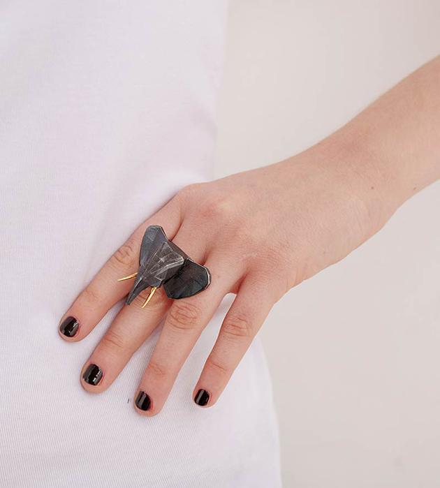 купите эффектное брутальное кольцо ELEPHANT от Thomas.V