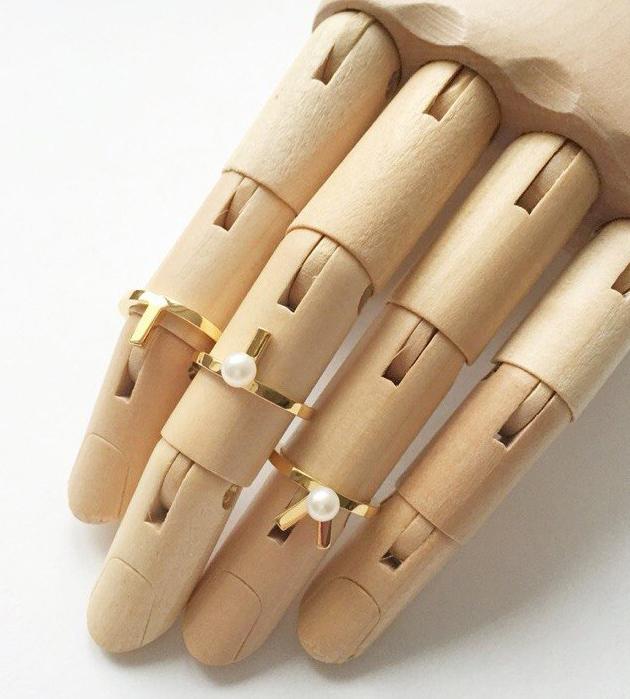 золотистое кольцо на фалангу Mini Daisy от SMITH/GREY