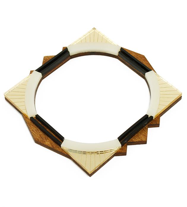 купите браслет квадратной формы от Wolf&Moon