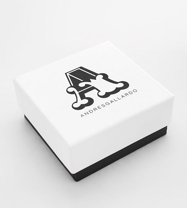 купите браслет из позолоченной латуни и фарфора от испанского бренда ANDRES GALLARDO - Bow White bracelet