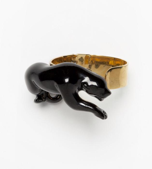 бижутерия из фарфора от ANDRES GALLARDO Panther bracelet