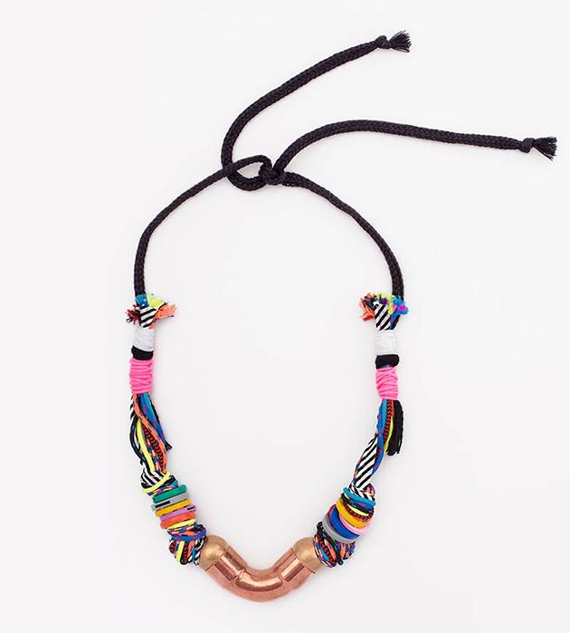 оригинальное украшение от испанского бренда Domingo Ayala