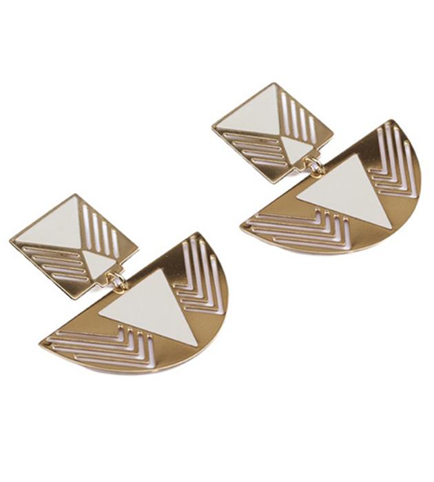 cерьги золотого цвета с эмалью Fellini Ivoire от Chic Alors Paris