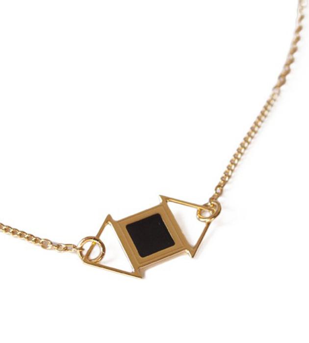 купите золотисто-чёрное украшение  от Chic Alors Paris - Edwin Noir