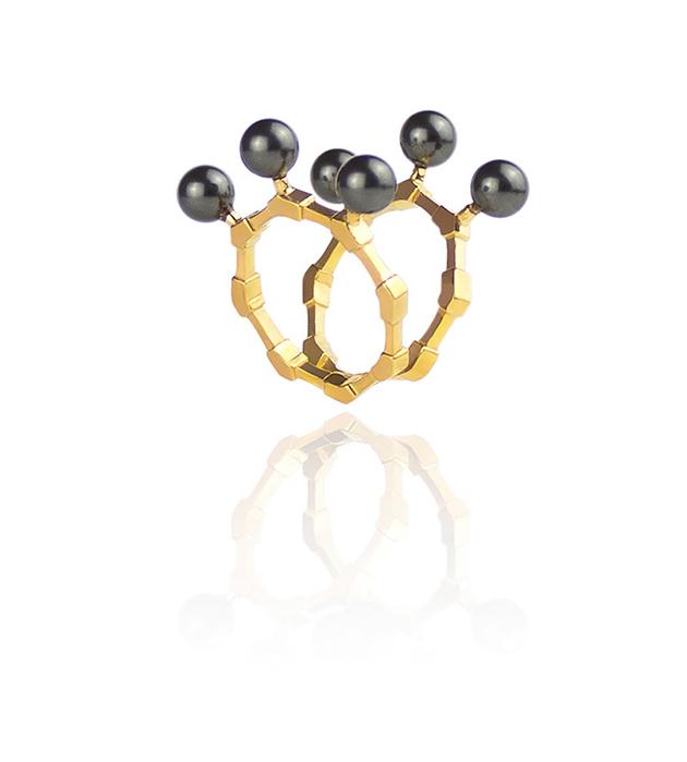 потрясающее кольцо The Cardinal ring ручной работы от английского бренда SMITH GREY
