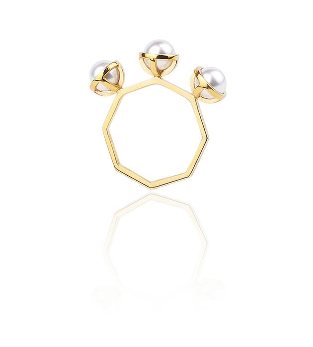 купите оригинальное кольцо ручной работы из позолоченного серебра от SMITH/GREY - The Whisper ring
