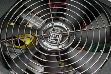 Ультратихий 140мм вентилятор