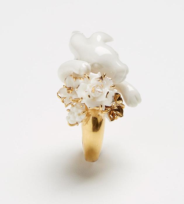купите массивное кольцо из позолоченной латуни от ANDRES GALLARDO - Tambor ring