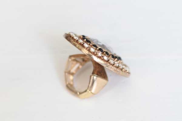 Винтажное массивное кольцо с белыми и черными кристаллами рублей