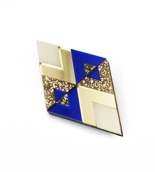 сверкающая брошь от английского бренда Wolf&Moon - Diamond Brooch CreamGoldGold GlitterBlue