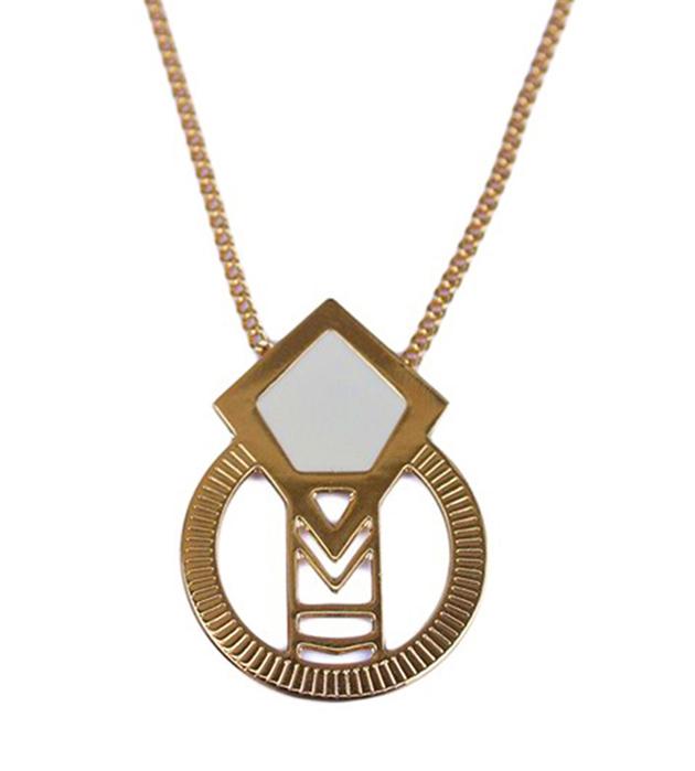 Купите украшение ручной работы из позолоченной латуни от Chic Alors Paris - collier Salvator Ivoire