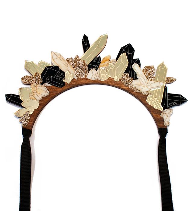 стильное украшение из золотистых кристаллов Crystal Headpiece Tortoiseshell от Wolf&Moon