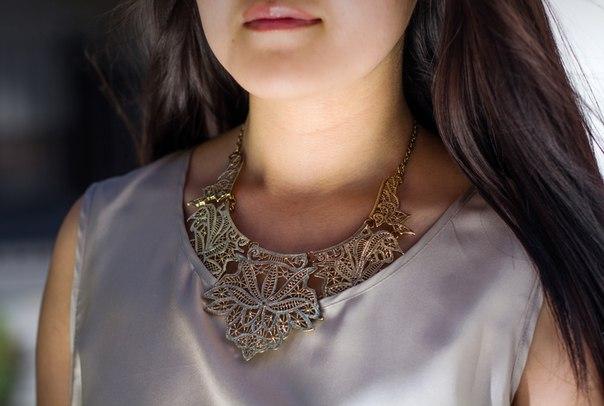 Ожерелье золотое кружево