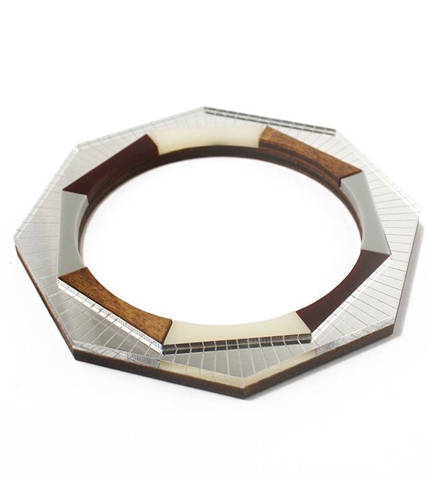 оригинальный геометричный браслет из дерева и плексигласа от Wolf&Moon - Sun Burst Bangle Silver