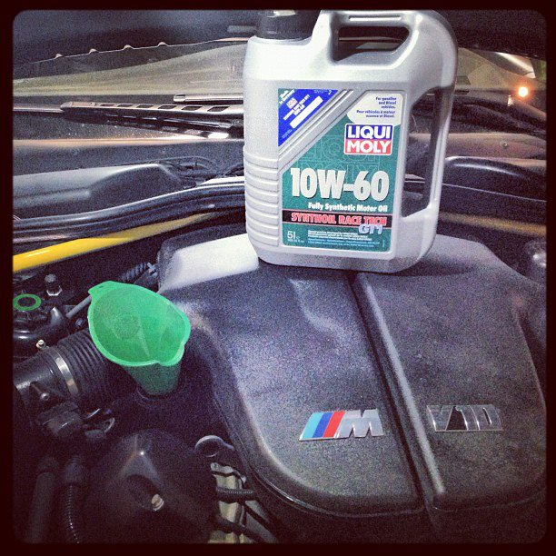 BMW M5 V10 обожает RACE TECH 10W-60 Liqui Moly